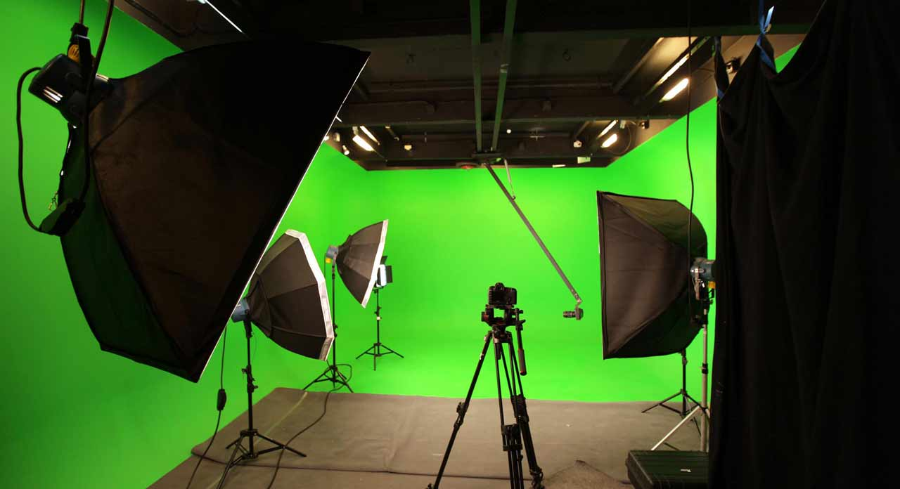 location-studio-vidéo-photo-incrustation-grenouilles-productions